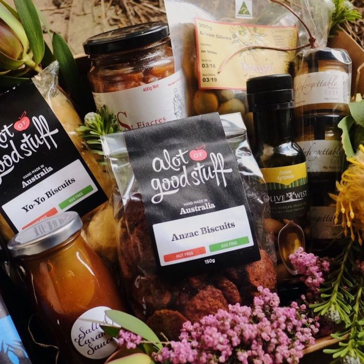 ⠀⠀⠀⠀⠀⠀⠀ ⠀ CHRISTMAS HAMPERS 🎄 💐 🍯 🍷 🍅 🍫 ⠀⠀⠀⠀⠀⠀⠀ ⠀ Christmas will be here before we know it! ⠀⠀⠀⠀⠀⠀⠀ ⠀ This year we have one-of-a-kind Warragul Farmers Market Christmas gift hampers for sale. ⠀⠀⠀⠀⠀⠀⠀ ⠀ For $99 you can give the gift of a beautiful local hamper that will delight and leave a joyful impression. ⠀⠀⠀⠀⠀⠀⠀ ⠀ Our hamper includes; @devourtruffles @st.fiacresfarm @alotofgoodstuff @thebunyipbeekeeper  @allambeeflowerfarm @unforgettableproducts @taragoolives •Kouark Wine Pinot Noir •Olive Twist olive oil ⠀⠀⠀⠀⠀⠀⠀ ⠀ Hampers are on sale now! ⠀⠀⠀⠀⠀⠀⠀ ⠀ It will be first in best dressed as we only have a limited number of hampers available. Hampers will be presented and wrapped beautifully with a Warragul Farmers Market swing tag. ⠀⠀⠀⠀⠀⠀⠀ ⠀ Click the link to order your hamper/s – ready for collection at Warragul Farmers Market on December 22. ⠀⠀⠀⠀⠀⠀⠀ ⠀ Link in bio – https://www.trybooking.com/ZENM ⠀⠀⠀⠀⠀⠀⠀ ⠀ Hamper photography by: @gracewatsoncreative
