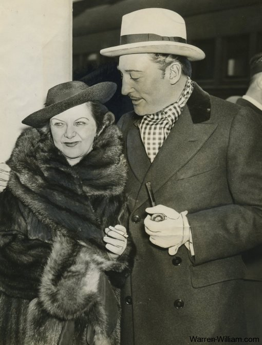 Warren William with his wife, the former Helen Barbara Nelson, in a 1937 photo.