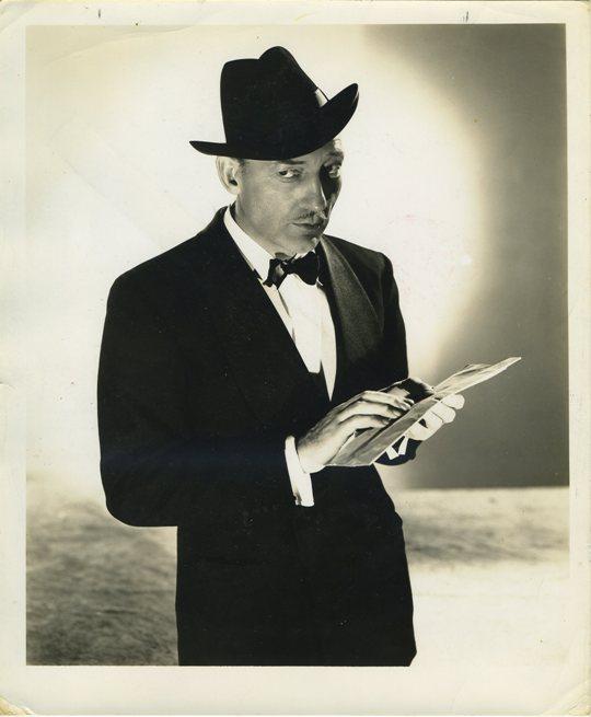 Warren William as The Lone Wolf