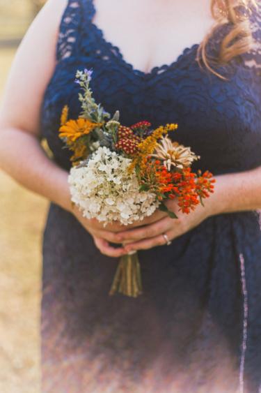 Bridesmaid bouquet with warm, natural tones