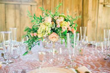 Pink and Ivory tablesetting with Hydrangea and Rose centerpiece