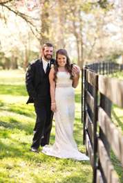 Spring wedding at Warrenwood Manor, a central kentucky wedding venue