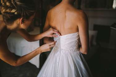 Getting Ready images from summer Warrenwood Manor wedding.\