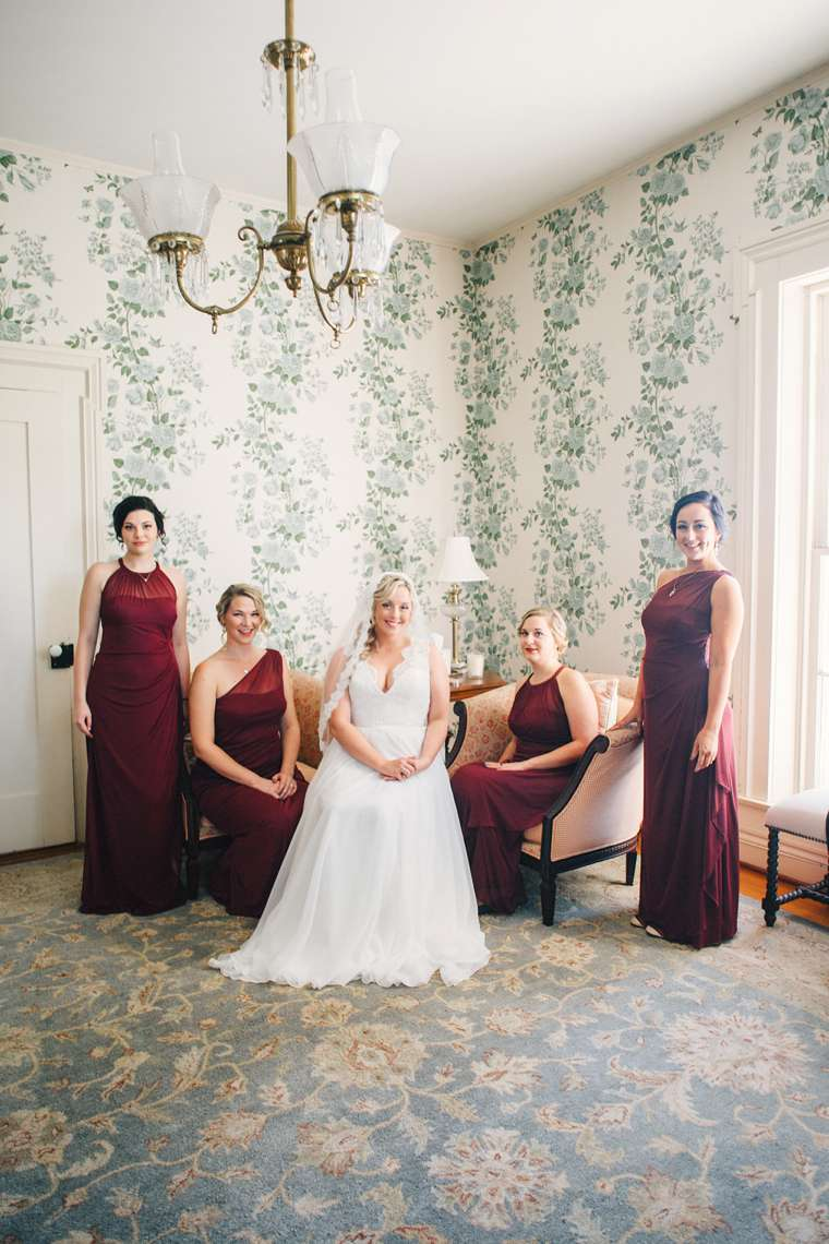 Bridal pary portrait in old Kentucky house, burgundy / marsala