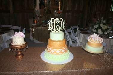 Vintage glam wedding cake with laser cut topper