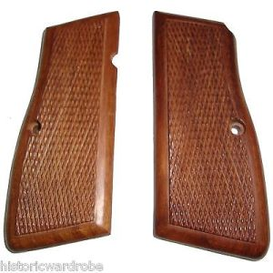 Browning Hi-Power Grips Checkered Wood - Reproduction