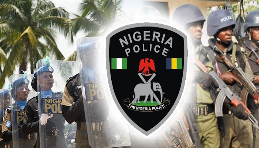 Police station burnt down amid protest in Niger state