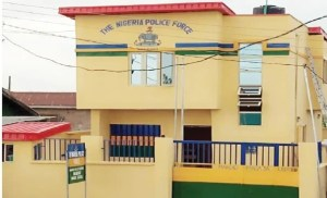 Lagos DPO loses his official gun after allegedlly having s*x over night with his lover inside his office