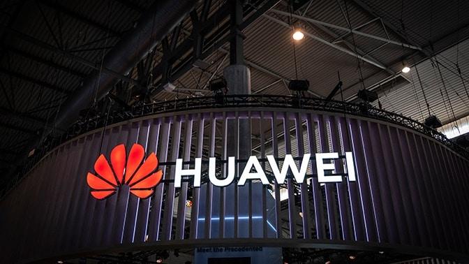 HUAWEI a ZTE bude do svojich mobilov dávať Ruský operačný systém !!!