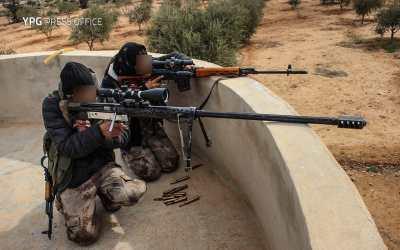 Video: Kurdský sniper VS Turecké proxy v Sýrii.