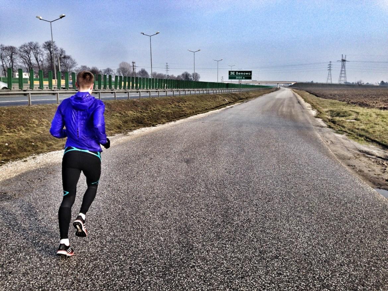 Bieg z Narastającą Prędkością