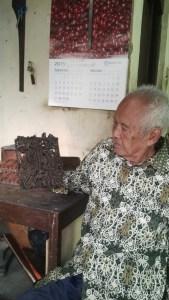 Pak Hadi Pengrajin cap Batik