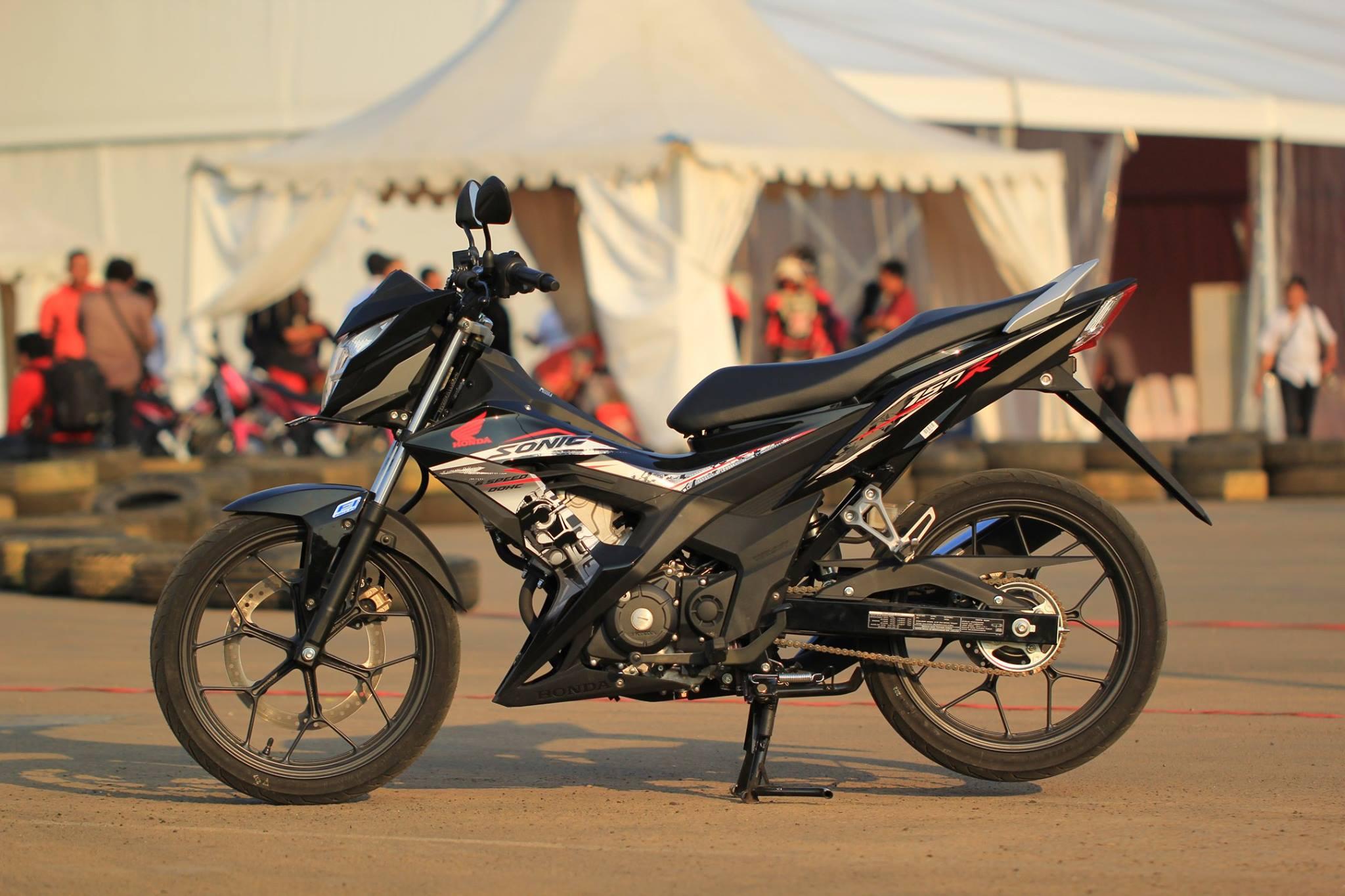 Harga Honda Sonic 150R Rp 209 Jutaan Berikut Galeri Foto Lengkap