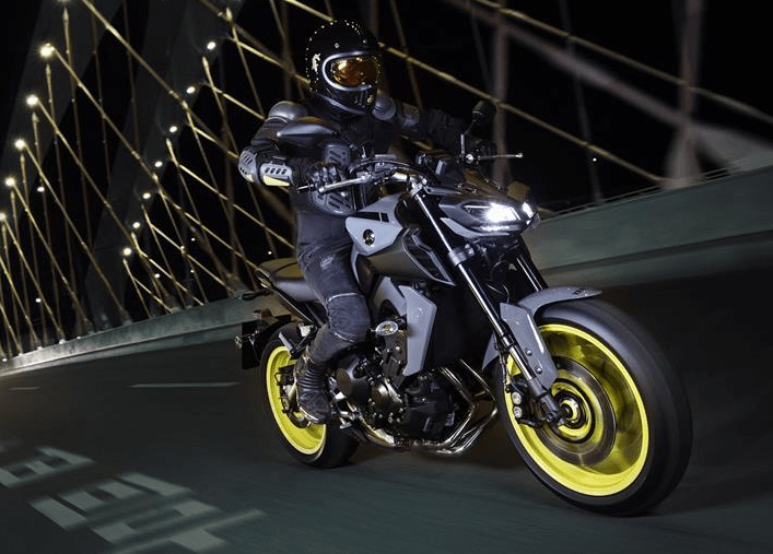 yamaha-mt-09-2017-headlamp