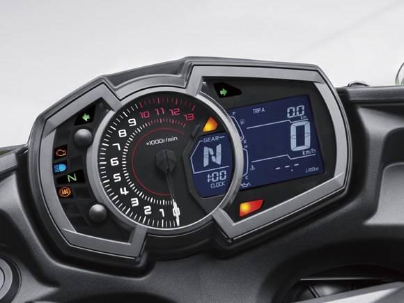ninja-650-2017-speedometer