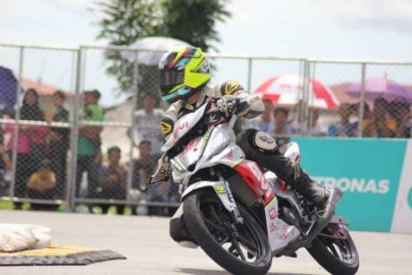 balap-supra-gtr-150-vs-mx-king-di-malaysia-supra-150