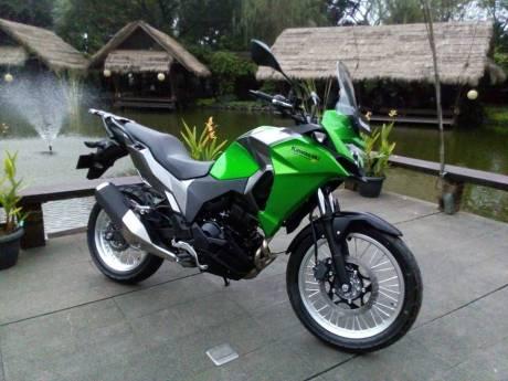 Kawasaki Verys-X 250 warna hijau (Pict Otomotifnet)