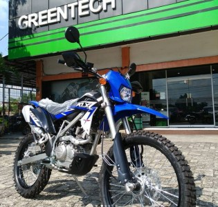 KLX 150 bf EXTREME biru