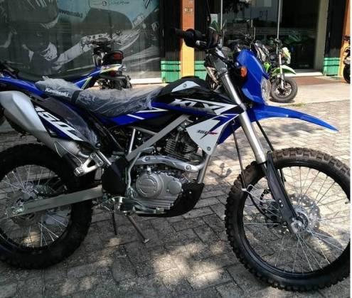 KLX 150 bf EXTREME biru4