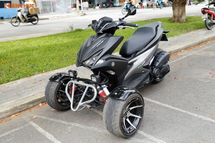Modifikasi Yamaha Aerox 155 Roda Tiga, Anti Jatuh!