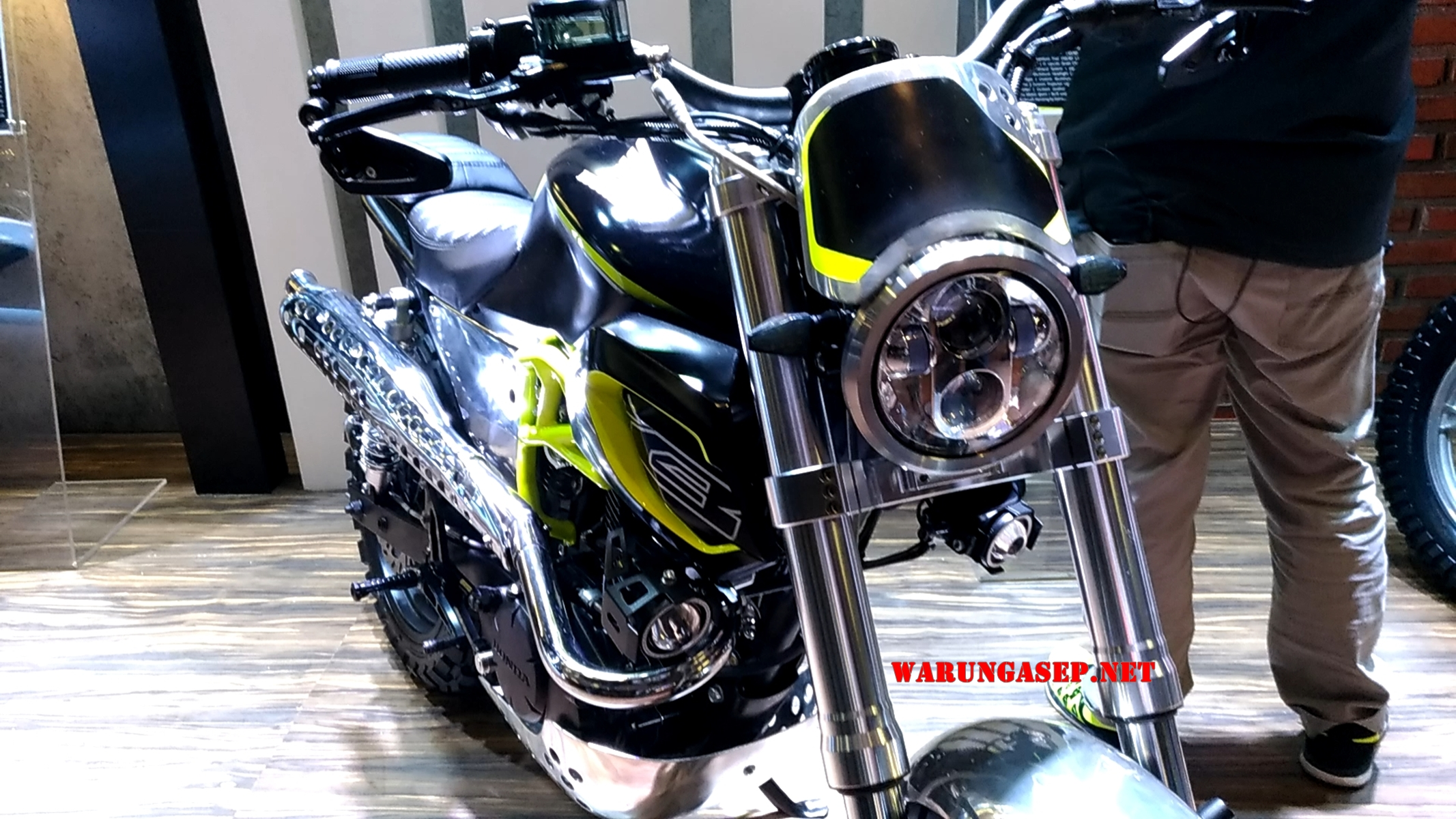 Modifikasi Honda CB150 Verza Bergaya Scrambler WARUNGASEP