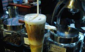 es kopi durian susu,es kopi durian,d'abbrit cafe,malang sejuta kopi,kopi malang,wisata kuliner malang,kopi aceh wine,wine coffee