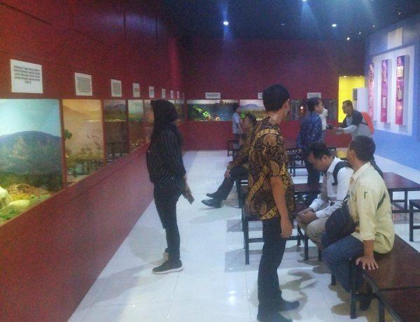 Museum Mpu Purwa,wisata sejarah,museum kota malang,wisata kota malang,wisata budaya,museum,museum indonesia,arca,prasasti