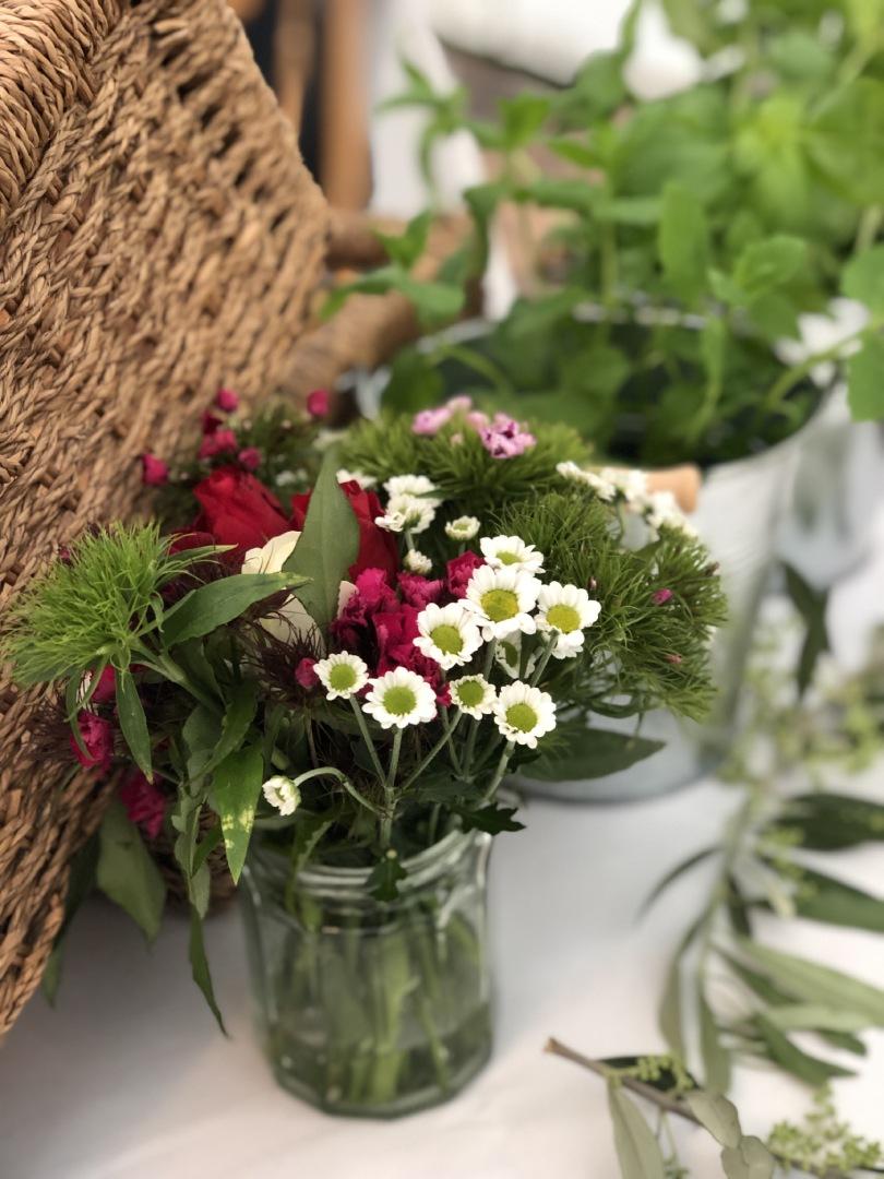 Best of British wildflowers in a jamjar