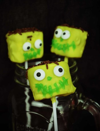 Halloween-Special Marshmallow Pops