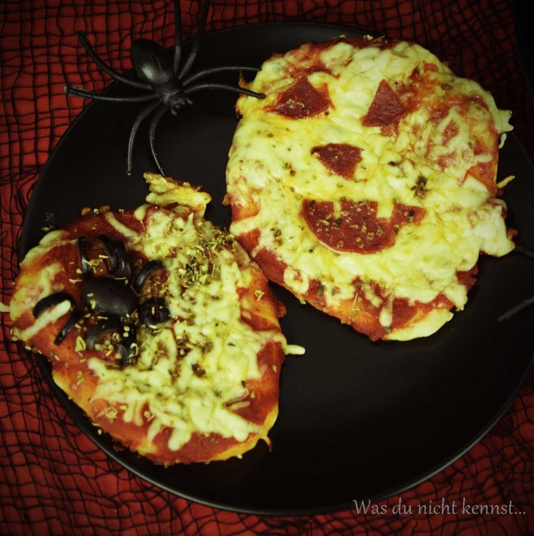 Halloween-Special Pizza selbstgemacht