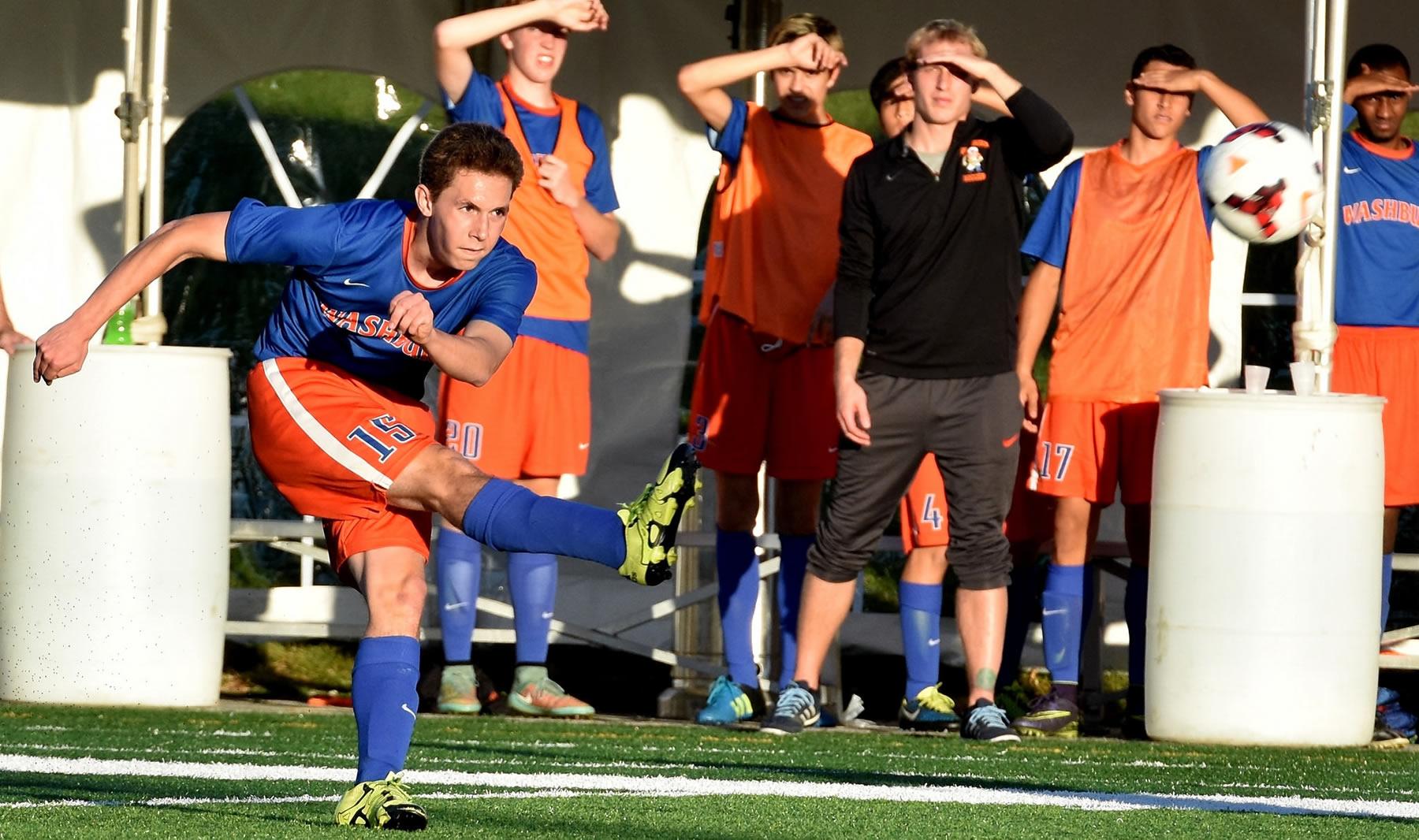 Washburn varsity soccer player Max Lindemann state tournament