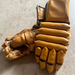 Old Cooper Player Gloves