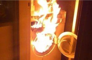 Çamaşır makinesi yanarsa ne yapmalı