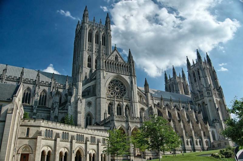 Visiting the Washington National Cathedral | Washington DC