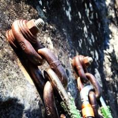 BAD: Chain/washer anchors at We Did Rock, Exit 38, Washington.