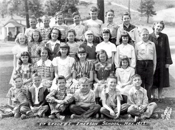 Emerson Elementary School Fourth Grade Class, May 1952