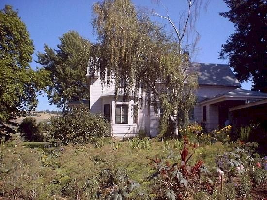The turn of the century Davenport Home on the Moran Prairie... Purchased last at 7000. Now worth 350,000, the home is not for sale