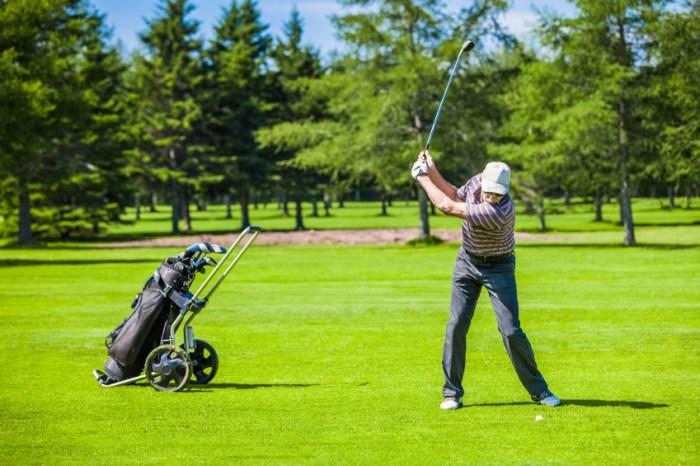 Mature-Golfer-on-a-Golf-Course