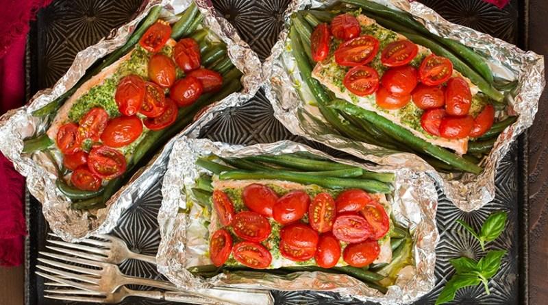 Pesto Salmon and Italian Veggies in Foil (Cookingclassy.com)