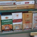 Indian farmers resist warnings on cigarettes