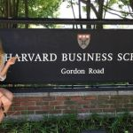 Sharapova attends Harvard Business School