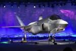 Lockheed Martin to lower F-35 costs