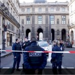 French soldier shoots attacker at Louvre