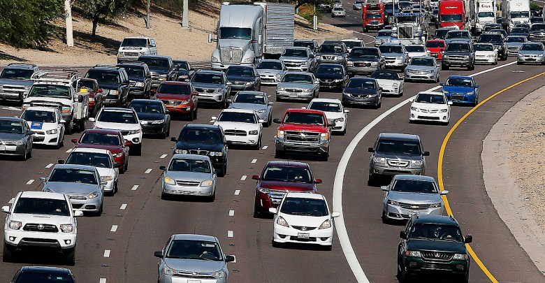 Caption: Hordes of D.C. area residents will take to the road for the Thanksgiving holiday. /Courtesy of WTOP