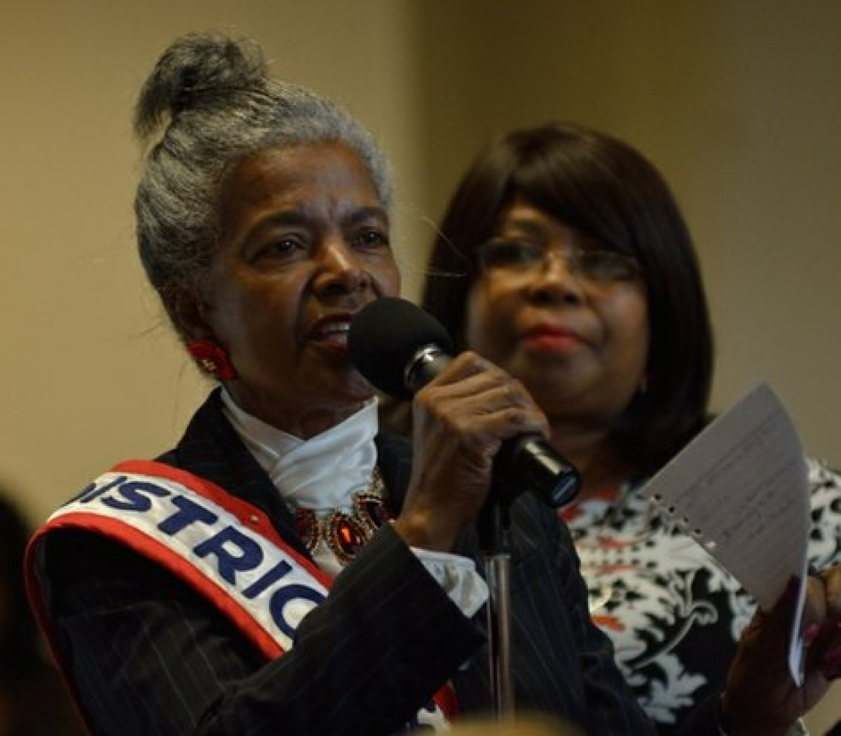 A member of the audience asks a question regarding the elderly and voting during the Sixth Annual Stateswomen for Justice Luncheon at the National Press Club, Thursday, March 31, 2016 in Northwest. /Photo by Patricia Little @5feet2