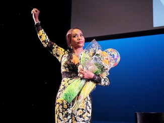 """Actress Vivica A. Fox thanks her fans after a conversation about her new book, """"Every Day I'm Hustling,"""" at the Atlas Performing Arts Center in northeast D.C. on July 13. (John Simms)"""