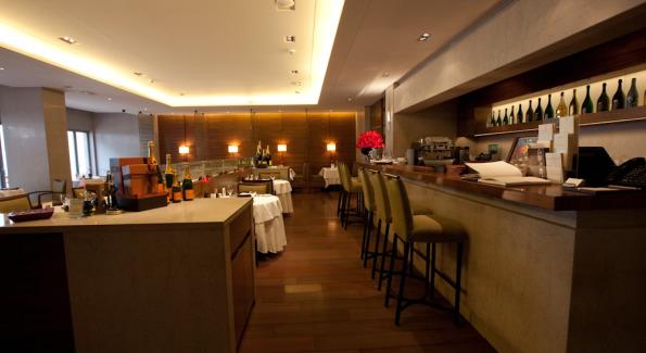 Restaurant at Villa 32