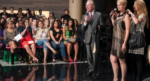 Tim Gunn headlining ALL ACCESS: Fashion in 2009
