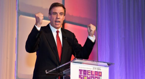 US Senator Mark Warner (D-VA) was this year's Lab School Keynote Speaker. Image courtesy of Dennis Kan.