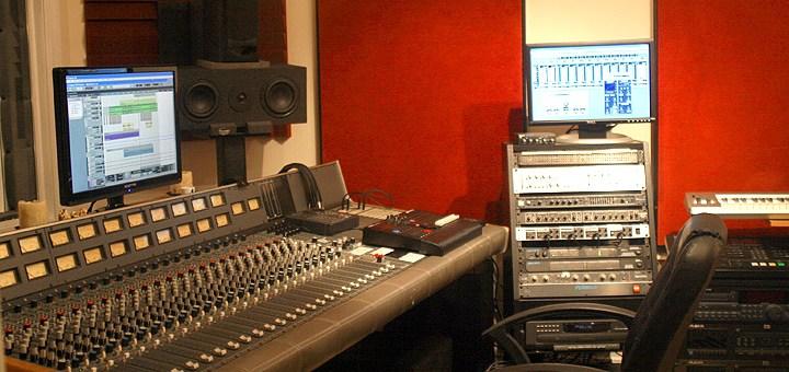 Golden Sound Studio's main control room.